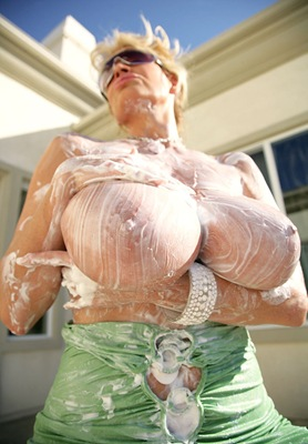 kelly madison prepares for a handjob