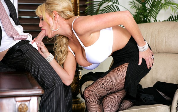 kelly-madison-business-woman-bj